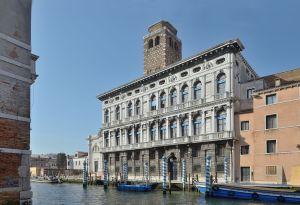 1599px-Palazzo_Labia_in_Venice_on_Cannaregio_canal