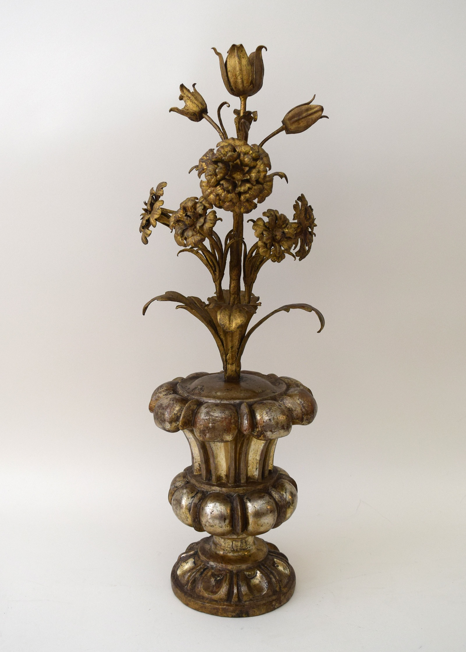 Flower Urn 3